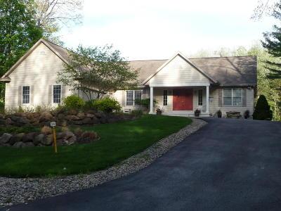 Canadian Lakes Single Family Home For Sale: 6758 Beechnut Ridge