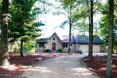 Canadian Lakes Single Family Home For Sale: 8796 Regal Point Concourse