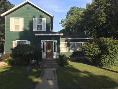 Hillsdale MI Single Family Home For Sale: $119,000