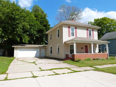Berrien Springs Single Family Home For Sale: 432 S Cass Street