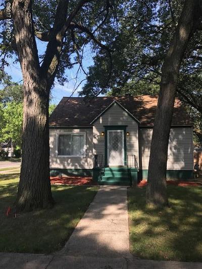 Muskegon Single Family Home For Sale: 1889 Elwood Street