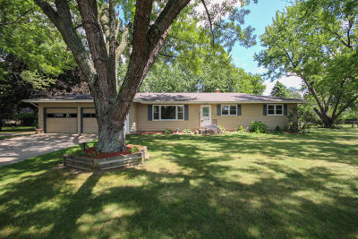 Three Rivers Single Family Home For Sale: 1133 Blossom Drive