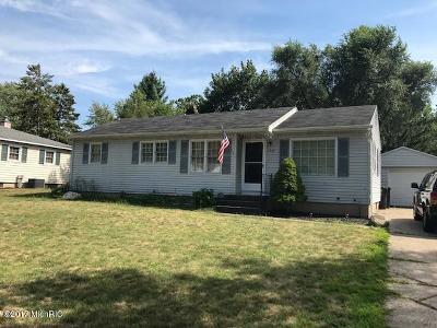 Kentwood Single Family Home For Sale: 1394 Brookmark St SE SE
