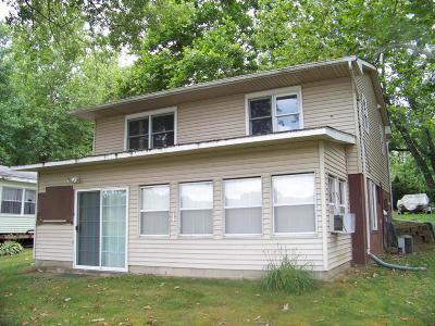 Van Buren County Single Family Home For Sale: 46278 Broadway