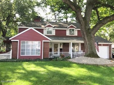 Single Family Home For Sale: 2550 Martin Avenue SE
