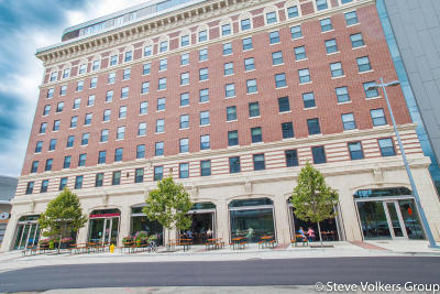 Grand Rapids Condo/Townhouse For Sale: 201 Michigan Street NW #1100A