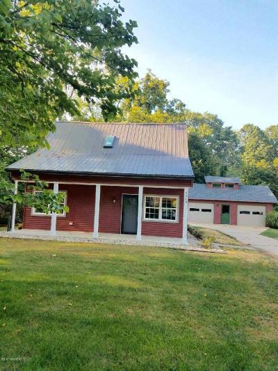St. Joseph Single Family Home For Sale: 1215 Wolcott Avenue