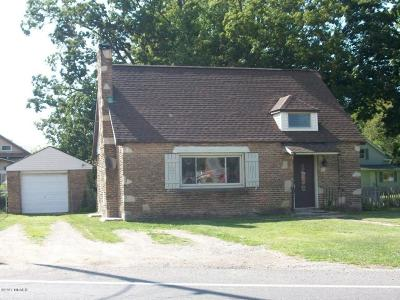 Berrien County Single Family Home For Sale: 4620 Paw Paw Lake Road