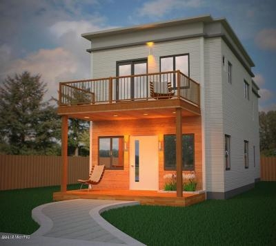 Single Family Home For Sale: 949 Joslin Street SE