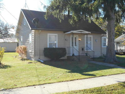 Hartford Single Family Home For Sale: 114 Lincoln Street