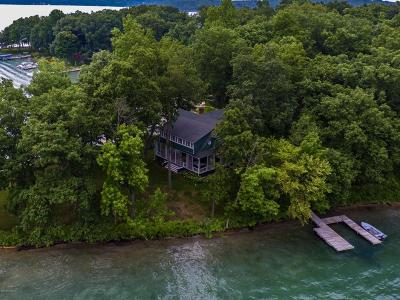 Richland Single Family Home For Sale: 1 Gull Lake Island
