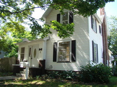 Dowagiac Single Family Home For Sale: 205 McOmber Street
