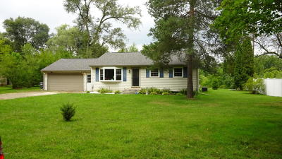 Plainwell Single Family Home For Sale: 1340 W B Avenue