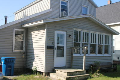 Grand Haven Single Family Home For Sale: 1010 Fulton Street