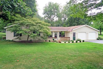 Buchanan Single Family Home For Sale: 2210 E Glendora Road