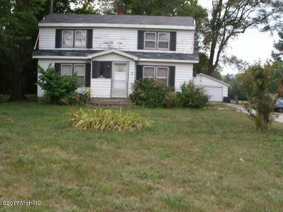 Benton Harbor Single Family Home For Sale: 1770 S Park Road