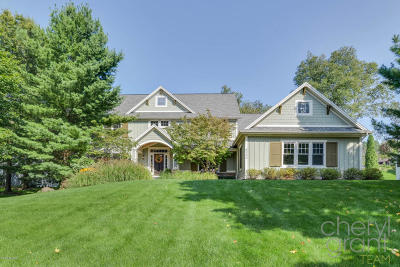 Caledonia Single Family Home For Sale: 8330 Powderhorn Trail SE