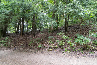 Residential Lots & Land For Sale: Fernwood Drive