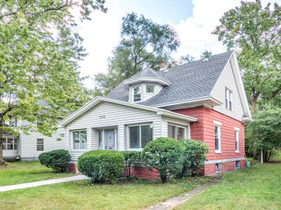 Grand Rapids MI Single Family Home For Sale: $129,900