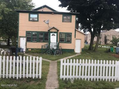 Muskegon County, Newaygo County, Oceana County, Ottawa County Multi Family Home For Sale: 263 W Muskegon Avenue