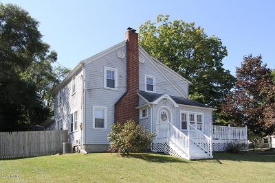 Portage Single Family Home For Sale: 705 Idaho