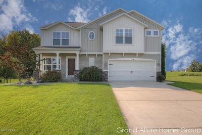 Hudsonville Single Family Home For Sale: 2738 Sunbrook Drive