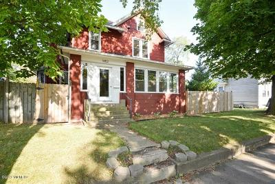 Single Family Home For Sale: 1452 Main Street