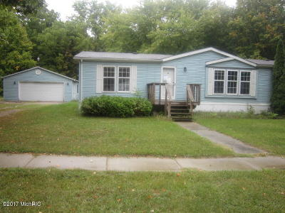 St. Joseph County Single Family Home For Sale: 234 Congress