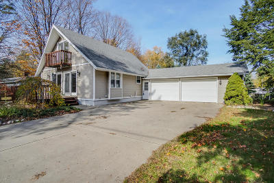 Holland Single Family Home For Sale: 1849 W 32nd Street