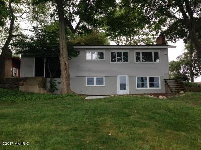 Single Family Home For Sale: 7325 Noffke Drive