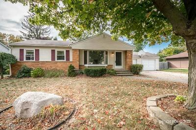 Single Family Home For Sale: 7543 Walnut Avenue
