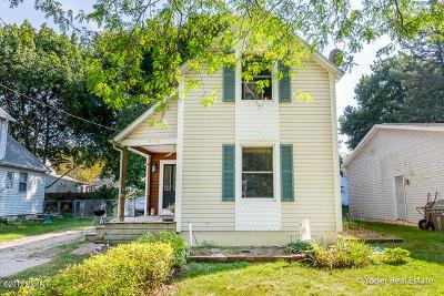 Single Family Home For Sale: 1518 Herrick Avenue NE