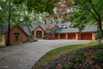 Kalamazoo County Single Family Home For Sale: 7265 Hidden Cove Place