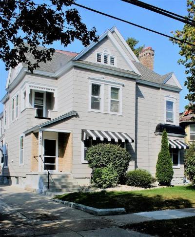Multi Family Home For Sale: 235 Crescent Street NE