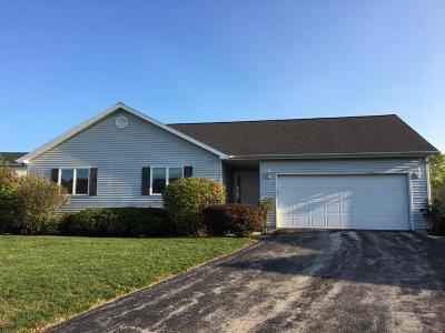 St. Joseph Single Family Home For Sale: 425 E Trillium