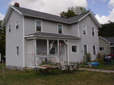 Charlotte MI Single Family Home For Sale: $80,000