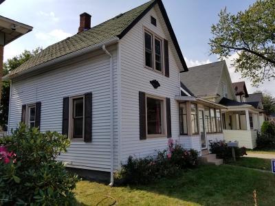 Holland Single Family Home For Sale: 20 E 17th Street
