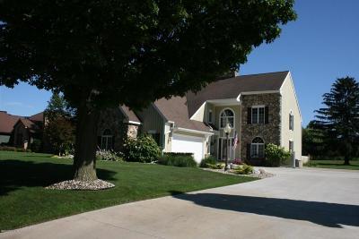 St. Joseph Single Family Home For Sale: 3315 Wyndwicke