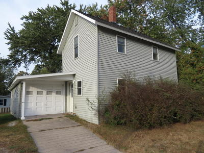 Hart Single Family Home Active Contingent: 523 Dryden Street