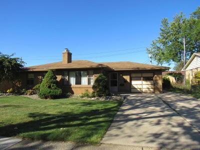 St. Joseph Single Family Home For Sale: 2804 Willa Drive