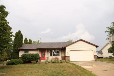 Holland MI Single Family Home For Sale: $169,900