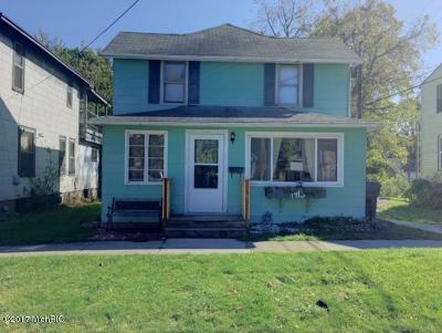 St. Joseph Single Family Home For Sale: 1413 Morton Avenue