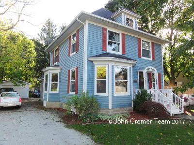 Caledonia Single Family Home For Sale: 213 Johnson Street SE