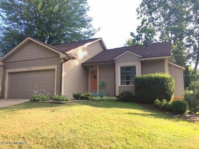 Grand Rapids MI Single Family Home For Sale: $225,000