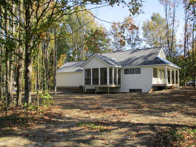 Allegan County Single Family Home For Sale: 6095 122nd Avenue