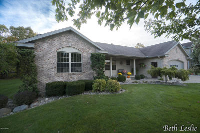 Single Family Home For Sale: 6058 Lytham Court