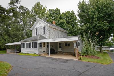 Van Buren County Multi Family Home For Sale: 833 Kalamazoo Street