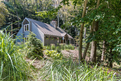 Grand Haven Single Family Home For Sale: 18100 Holcomb Road