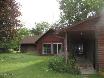 Single Family Home For Sale: 60847 Indian Lake Road
