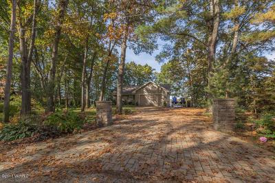Allegan County Single Family Home For Sale: 3957 Arrowhead Trail